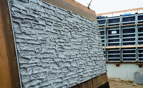 Concrete flood wall